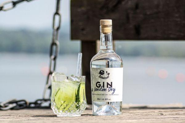 Gin_destillerie_schnitzer_see, Traunstein, Chiemgau, London Dry, Gintonic